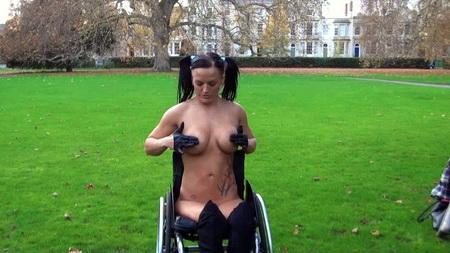 leah caprice nackt in der öffentlichkeit