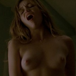 Lili Simmons nude