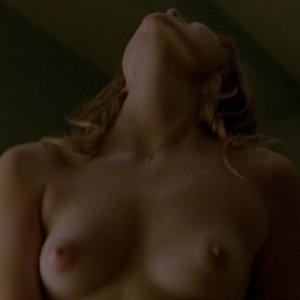 Lili Simmons naked
