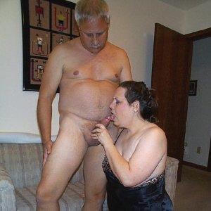 BBW sucks off family