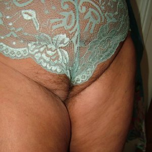 Curvy sexy granny