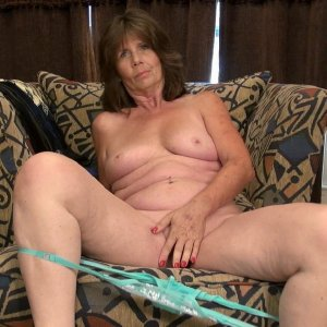 Lusty mature from US