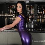 Latex Bartender Elise