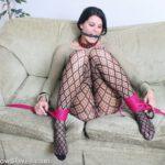 Amateur bondage babe Jody Love