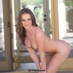 Flashing amateur babe Tori Black